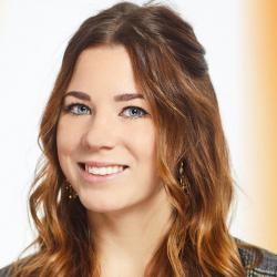 Erfahrungsbericht: Mein berufsbegleitendes Studium an der FOM Hochschule in Hannover